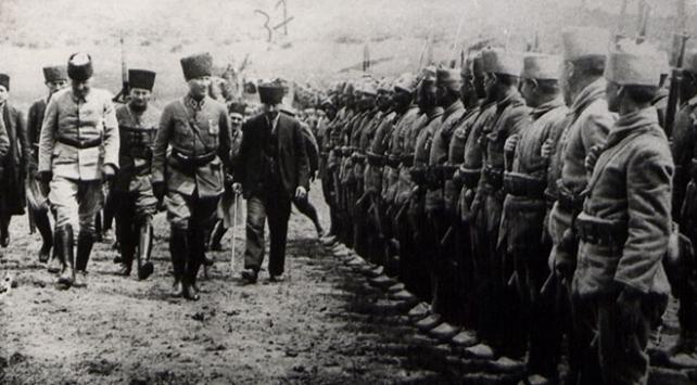 Atatürk ve Büyük Taarruz'un bilinmeyen fotoğrafları galerisi resim 1