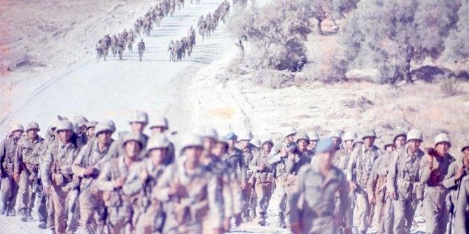 MSB'den Kıbrıs Barış Harekatı'nın tarihi fotoğrafları galerisi resim 1