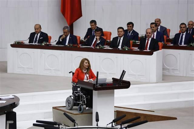 25. Dönem Meclis'te fotoğrafların dili galerisi resim 1