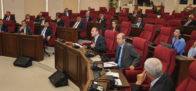Meclis'te yaz saati tartışması!
