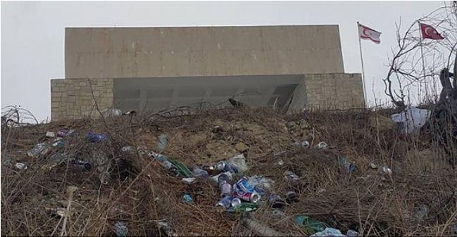Anıttepe çöplüğe döndü!