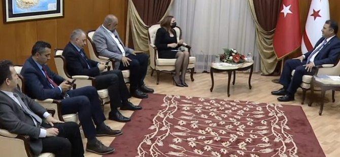 Başbakan Saner, gazetecilerin sorularını yanıtladı