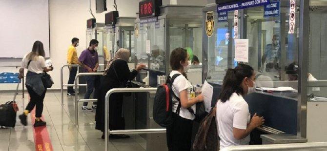 Ercan Havalimanı'nda karantinasız girişler başladı