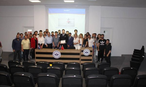 İlim Üniversitesi'nde 'Pilotluk Mesleği ve Nasıl Pilot Olunur' semineri