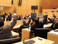 Hellim konusu Rum Meclisi'nde